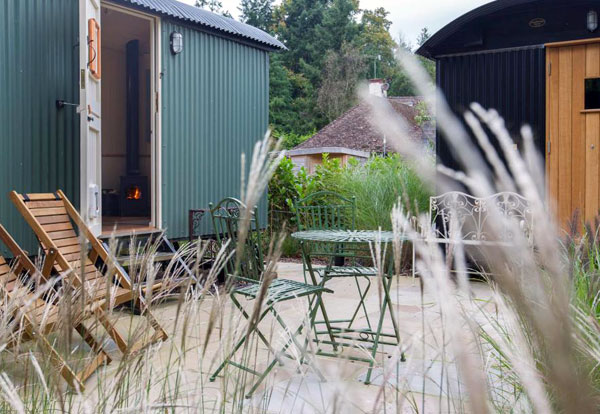 New Forest glamping, shepherds hut