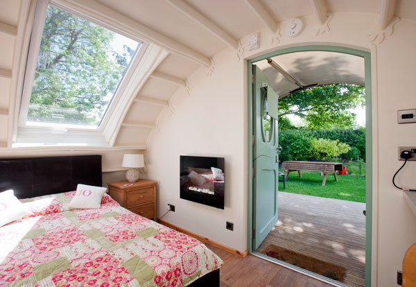 Child friendly glamping pods near Salisbury